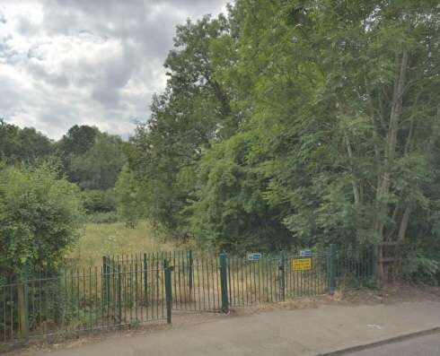 Potters Bar residents wary of dog snatcher lurking in Furzefield Wood area | Welwyn Garden City and Hatfield News – Welwyn Hatfield Times